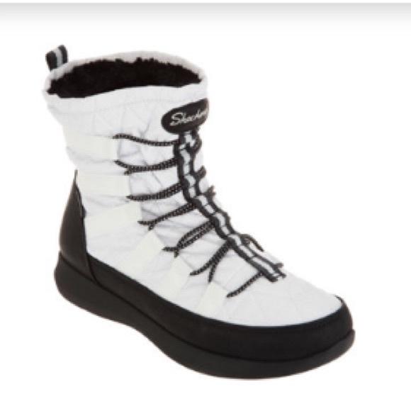 New Skechers Waterproof Winter Bungee